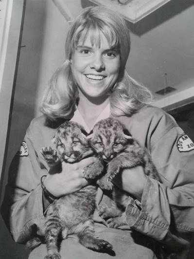 Photo of young Barbara in uniform at the LA Zoo
